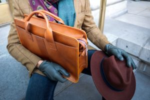 What are your Options to Choose the Right Leather Briefcase